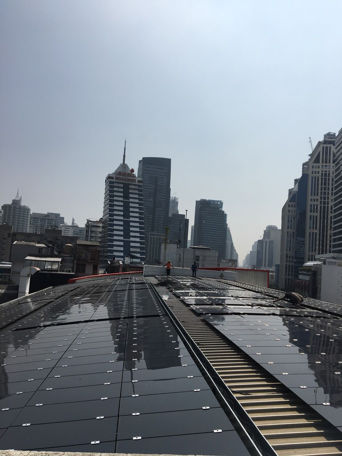 100kw Thin-film solar panel system finished in Nana Square Thailand